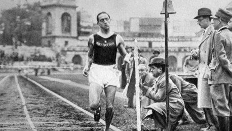 La leggenda di Luigi Beccali, finalmente nella Walk of Fame del ...