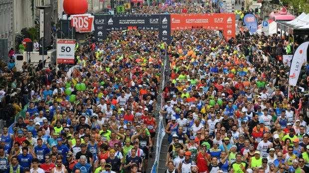 L'esercito della Milano Marathon. foto  LaPresse / Gian Mattia D'Alberto