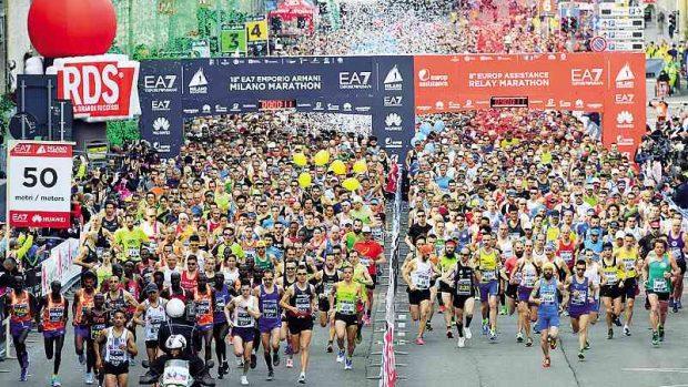 Gian Mattia D'Alberto / lapresse 08-04-2018 Milano sport Milano Marathon nella foto: partenza della maratona Gian Mattia D'Alberto / lapresse 2018-04-08 Milan Milano Marathon in the photo: start of the marathon