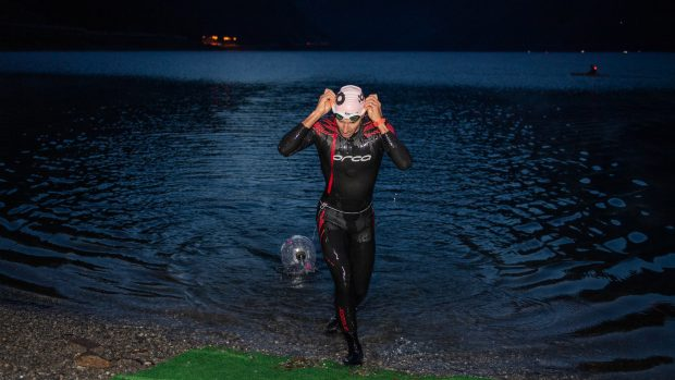 L'uscita dall'acqua di Giulio Molinari durante Icon 2019