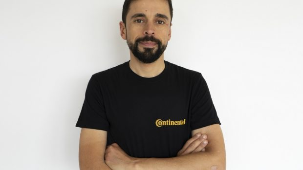 Omar Di Felice impresa estrema in bicicletta